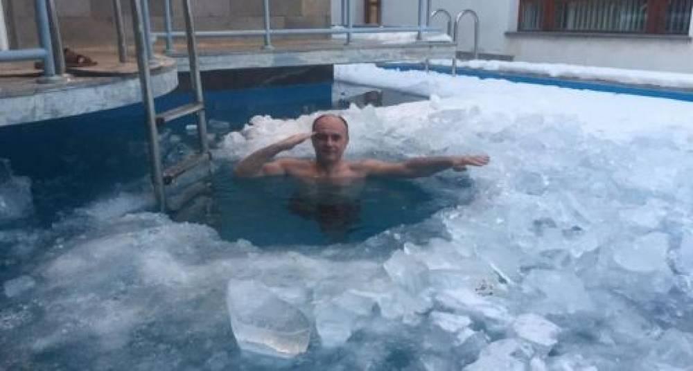 Սեյրան Օհանյանը՝ սառույցի մեջ.լուսանկար