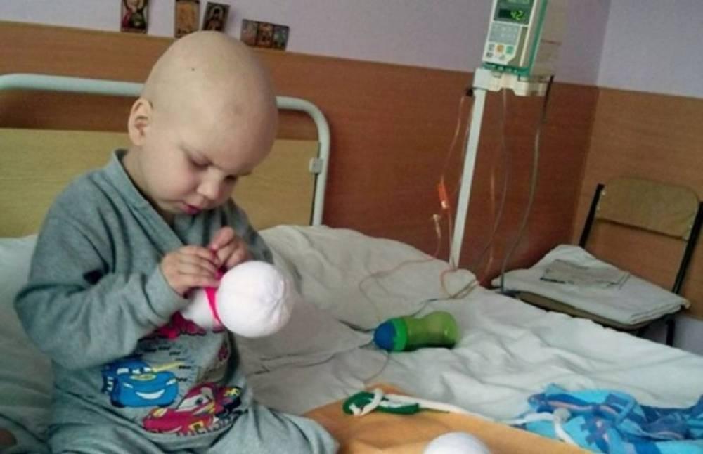 4-ամյա տղան ինքնուրույն խաղալիքներ էր կարում,որպեսզի կարողանա իր վիրահատության համար գումար հավաքի