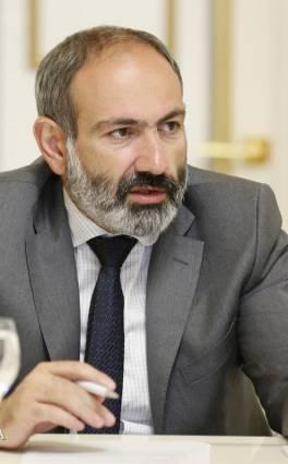 Փաշինյանը մայիսի 20-ին ազդարարելու է Հայկական հեղափոխության «ամենակարևոր փուլի» մեկնարկը. նա դատարանների մուտքերը փակելու կոչ է արել