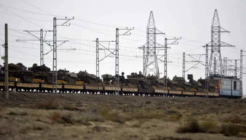 Առգրավված հայկական ռազմական տեխնիկան գնացքներով տեղափոխում են Բաքու