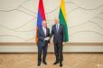 Զոհրաբ Մնացականյանը հանդիպում է ունեցել Լիտվայի վարչապետի հետ